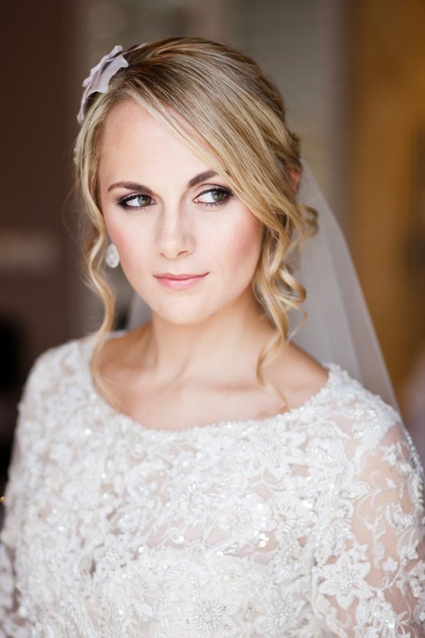 A R004 wedding statement necklace pink dress vivid blue