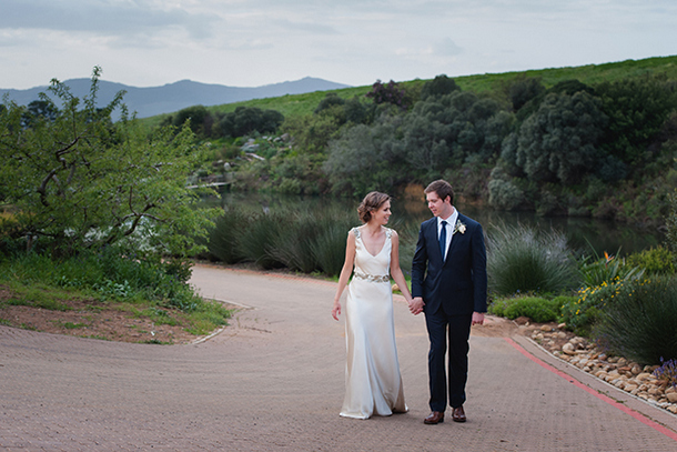 Vineyard Chic Hidden Valley Wedding by Lauren Kriedemann {Georgie & Brad} | SouthBound Bride