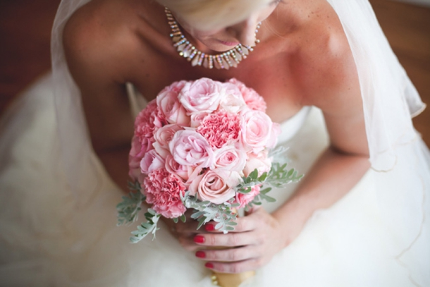Romantic Blush & Gold Allee Bleue Wedding by Lara Scott {Melissa & Lutgen} | SouthBound Bride