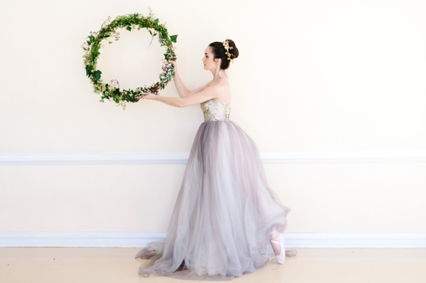 Nutcracker Ballet Styled Shoot by Debbie Lourens & Green Goddess flower studio | SouthBound Bride