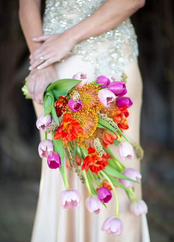 25 Fresh Pincushion Protea Bouquets | SouthBound Bride