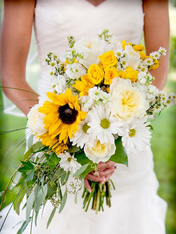 25 Yellow Wedding Bouquets | SouthBound Bride