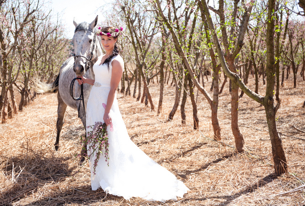 Bales & Blossoms Styled Shoot by Dillon Kin | SouthBound Bride