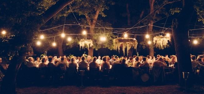 002-S&D-elegant-naturals-picnic-wedding-flower-chandeliers